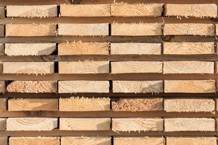 Hardwood & Softwood Lumber–What's the Difference?