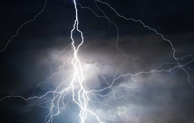 Palmetto Electrical Contractors   lightning against a dark sky